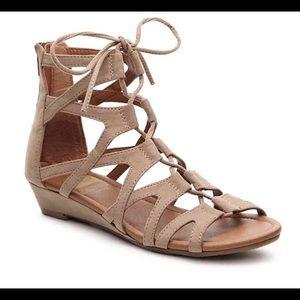 Crown Vintage Sarah Wedge Gladiator Sandal Sz 8.5